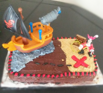 Planned For You The Accompanying Not Healthy Pirate Birthday Cake Since It Was For My Sisters Son She Wanted A Jake And The Neverland Pirate Cake