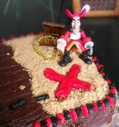 Easy Pirate Birthday Cake With Hidden Treasures Arrr