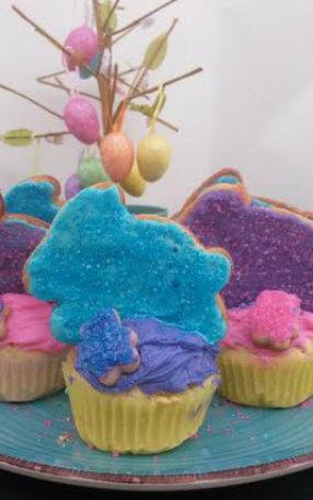 bunny cookie cupcake