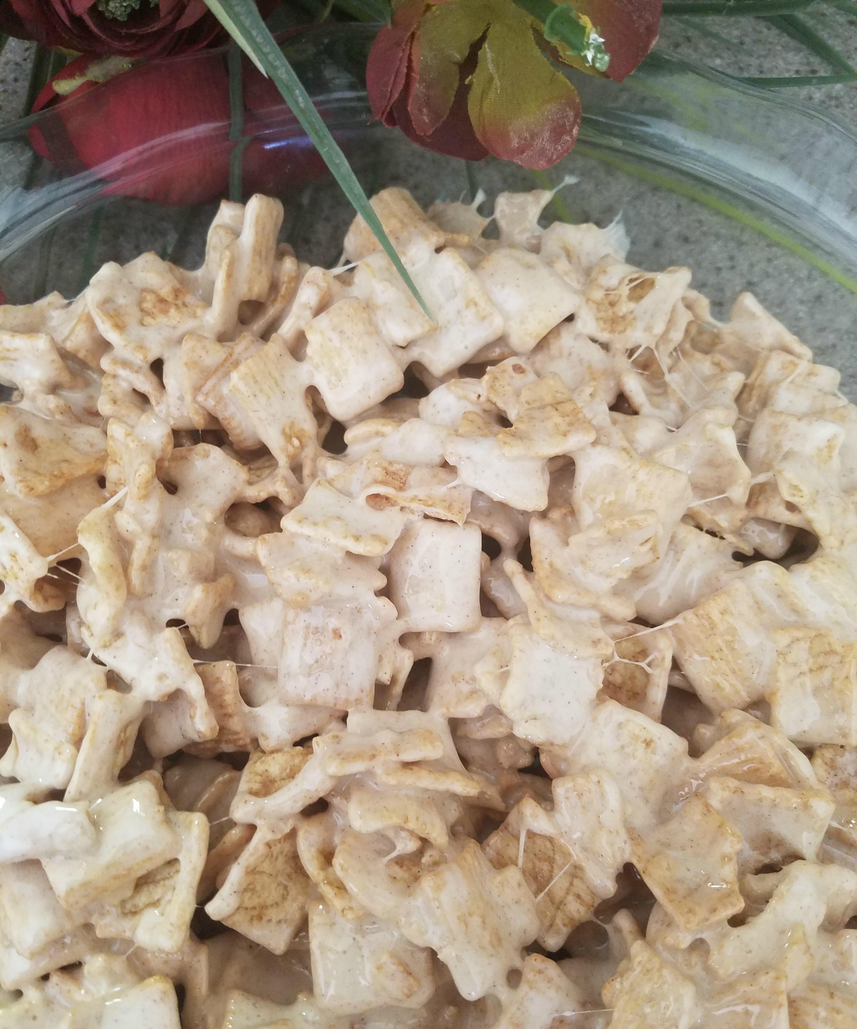 cinnamon crunch krispy treat