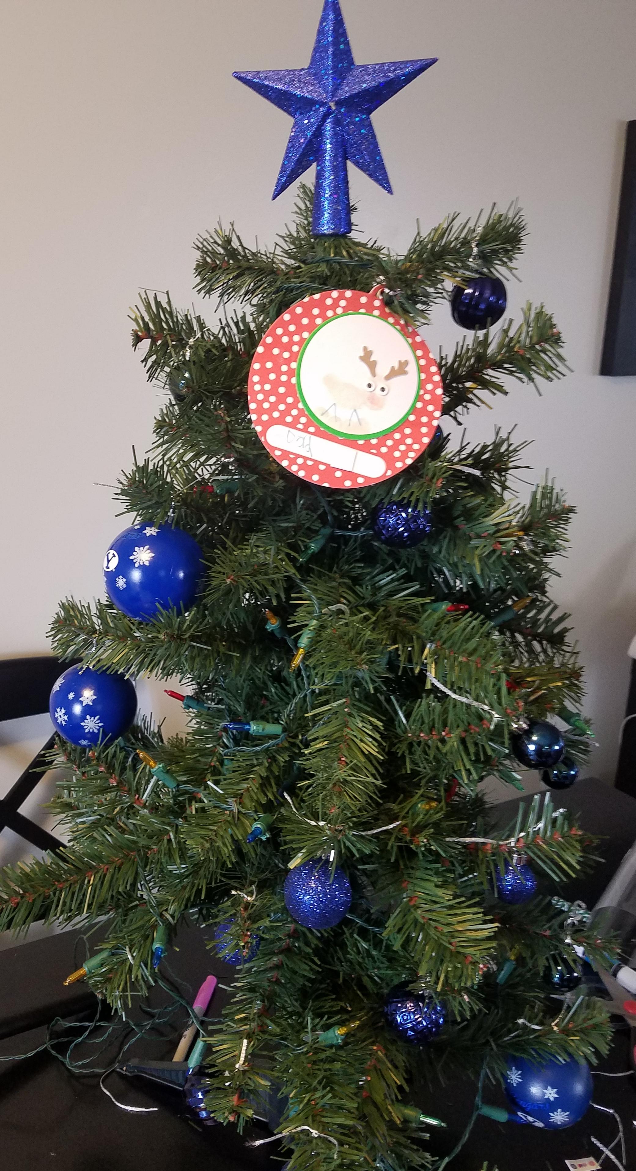 graveside christmas tree